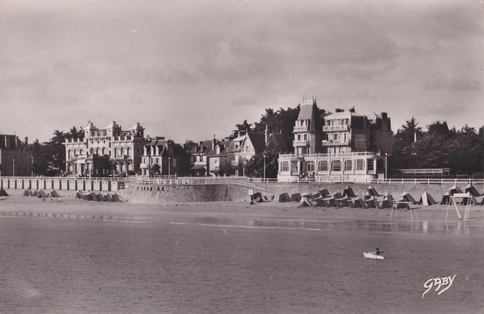 Stcast ancien casino et hotel des bains